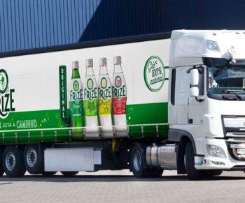 Cortinas para camiões SolidSkin: damos movimento à sua marca