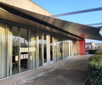 Coberturas porticadas na Escola Básica de S. Julião do Tojal